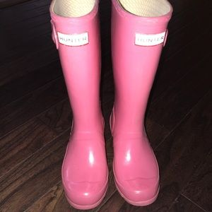 Girl's pink Hunter boots